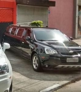limousine Captiva preta